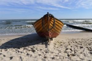 13 fishing boat stern