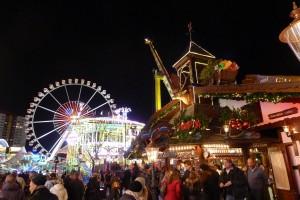 Weihnachtsmarkt, Alexanderplatz style